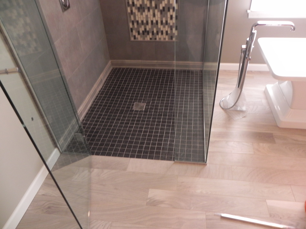 Black Slate curbless shower