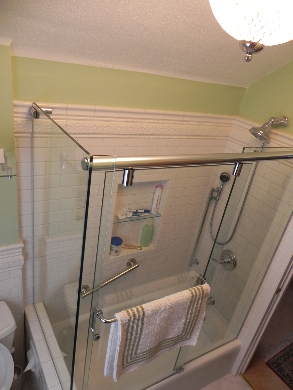 Sliding Corner Glass Shower Doors On Tub