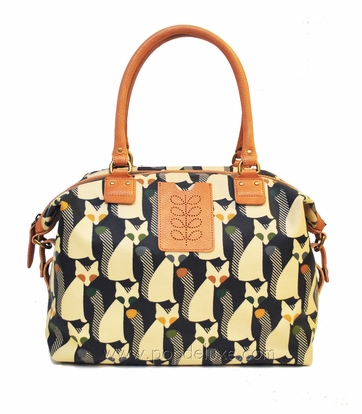 Words can't describe how much I want this bag.   (via  Orla Kiely | Cute as a Fox Print Tillie Bag in Forest )