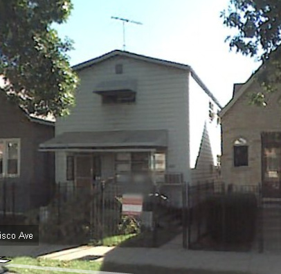 We signed a contract on 2421 N Francisco!  Starting May 20, 2009, we will own this 4 bed, 2 bath home in Logan Square, and be in plenty of debt! Future_Home! (via kristen & todd)