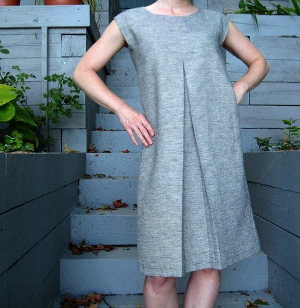 Love the design of this dress.  I could probably make it but, ugh, patterns.  For $106, that seems reasonable right?    Etsy :: betsybdesign :: hemp silk blend single pleat sleeveless dress custom made to fit you