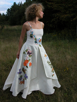 Had I known about this at the time, I really might have gone for one of these custom eco-wedding gowns.  Tara Lynn does some beautiful work with embroidery and layers.    Tara Lynn Studio, Natural Fiber Clothing and Wearable Art
