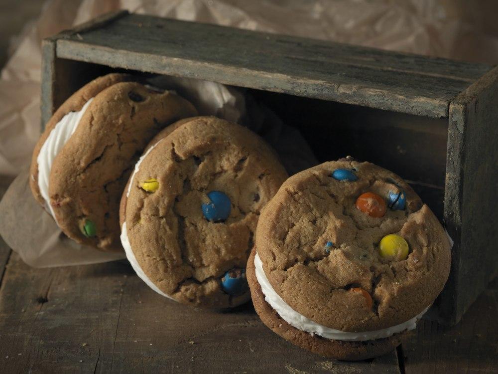 MM Cookies 9X12.jpg