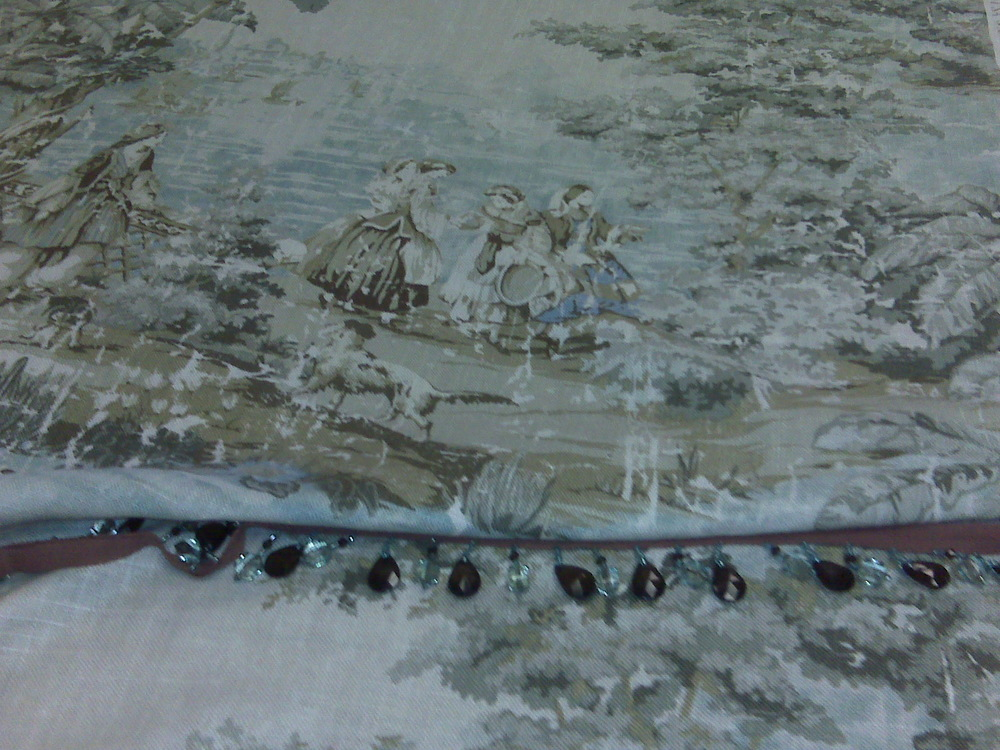 "Beautiful ""old world"" toile w/bead trim"