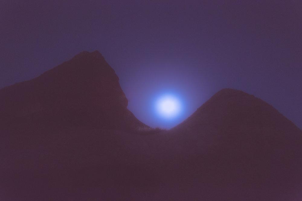 Moon-7875.jpg
