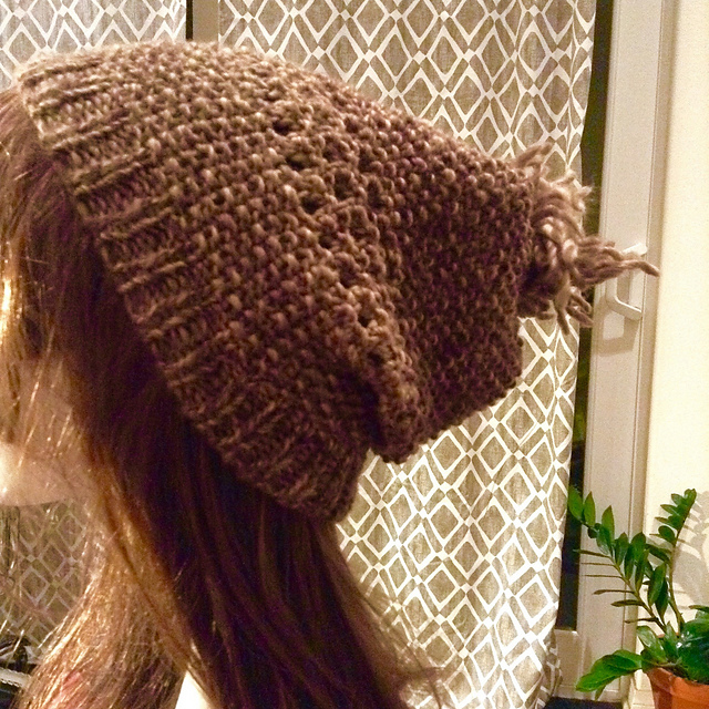 "Loose, slouchy hat in Di.Ve Autunno in ""Brown"""