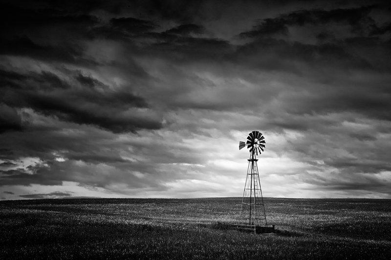 4-olivier-du-tre_majestic-windmill.jpg