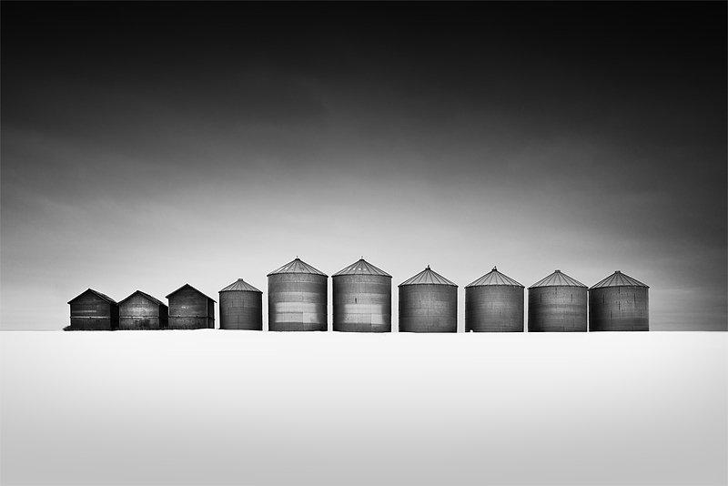 10-olivier-du-tre_silos-and-shacks.jpg