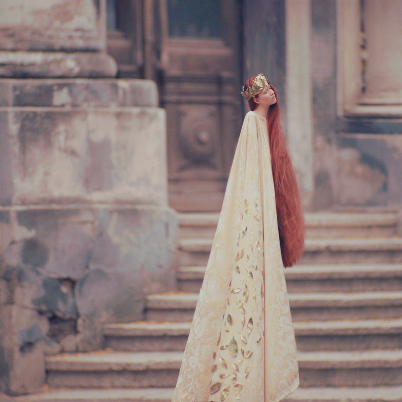 queen_by_oprisco-d5j0qdw.jpg