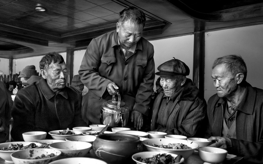 People & Cultures Portfolio, Winner, Nick Ng Yeow Kee, Malaysia Han Community old people's home in Liuyi Village, Yunnan, China  Photograph : Nick Ng/  TPOTY