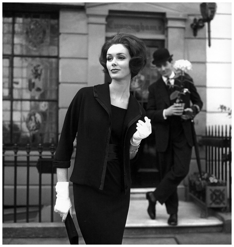 Lucinda Hollingsworth, London, photo by Georges Dambier, 1959
