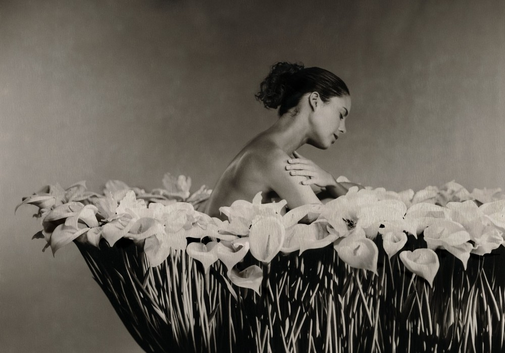 Flower Girl - Marc Lagrange
