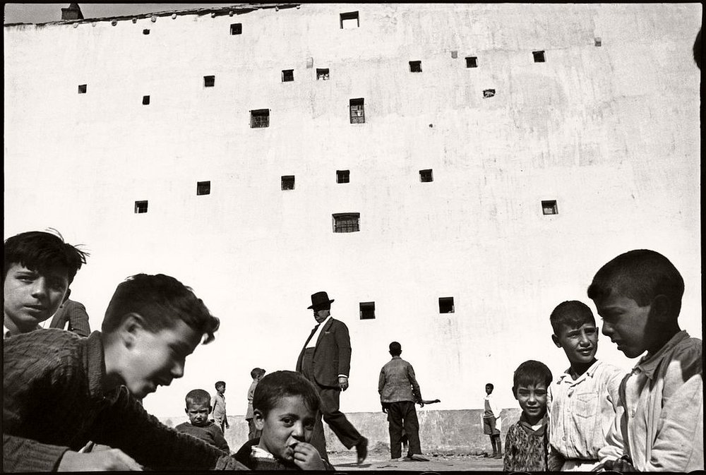 SPAIN. Madrid. 1933.  © Henri Cartier-Bresson / Magnum Photos