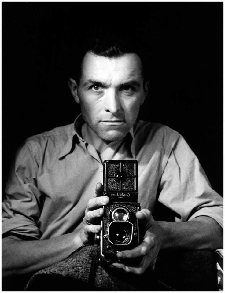 Self-portrait with Rolleiflex, Paris, 1947. © Robert Doisneau