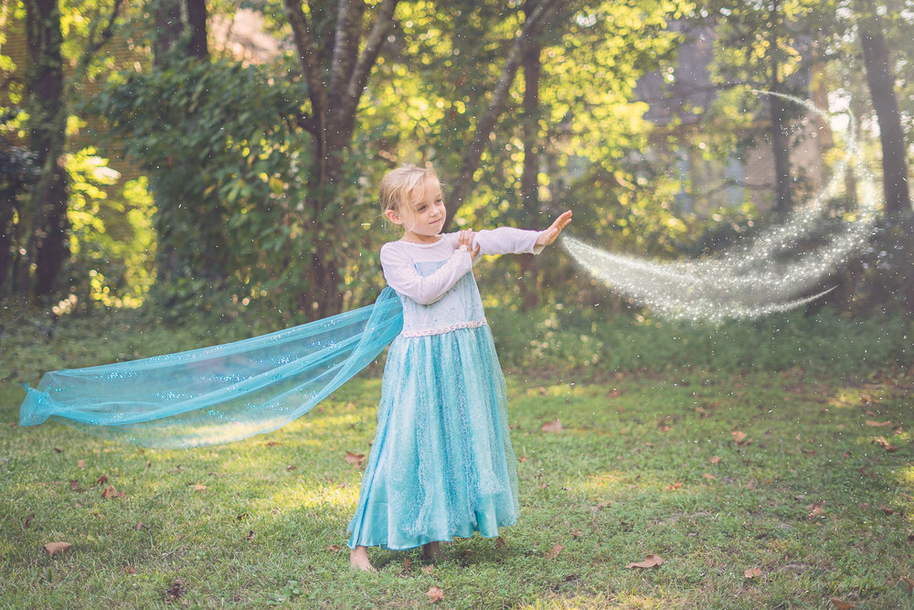 Sweet Amelia was the perfect Elsa for this fun shoot. I found so much joy in doing a little magic for myself this year.