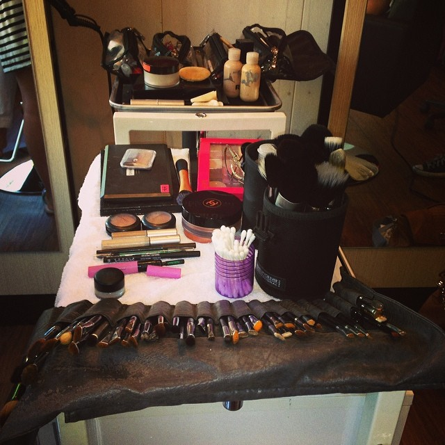 makeup-kit.jpg