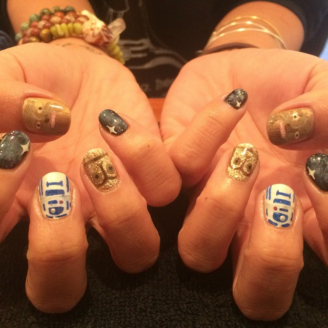 star-wars-nails.jpg