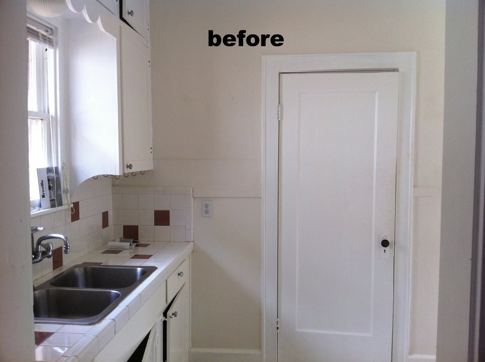 before kitchen into laundry.JPG