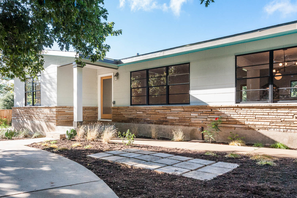 Bold choices for mid century ranch urban homestead on 1 for Modern front porch