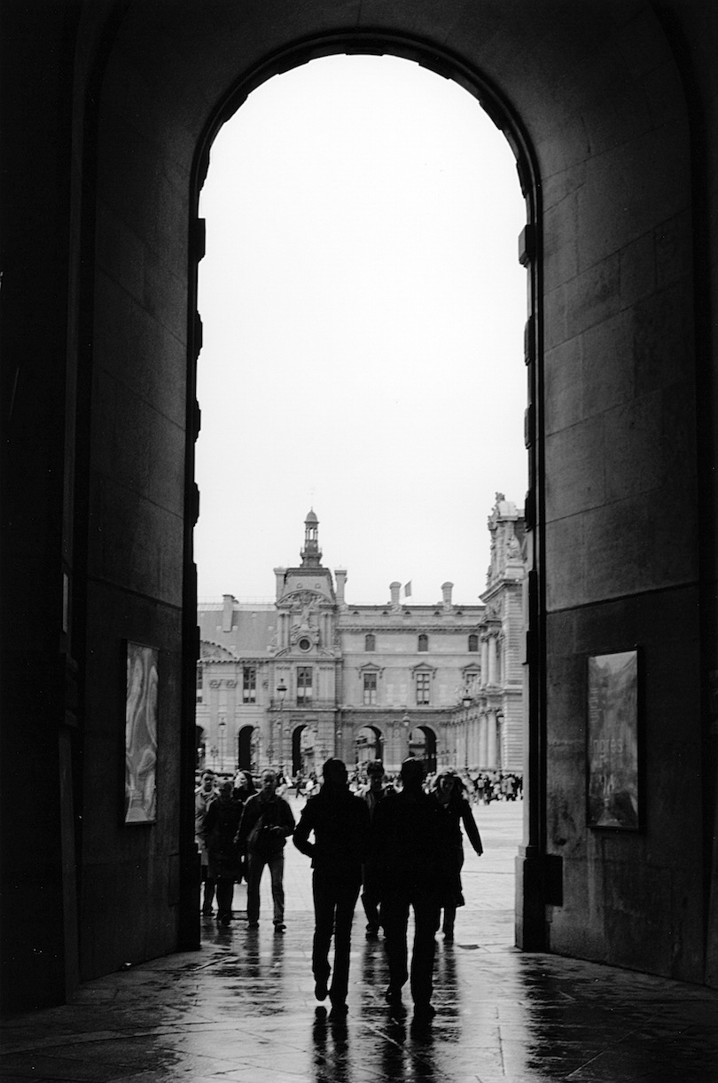 Musée du Louvre | Paris in Black and White | Bill McClave