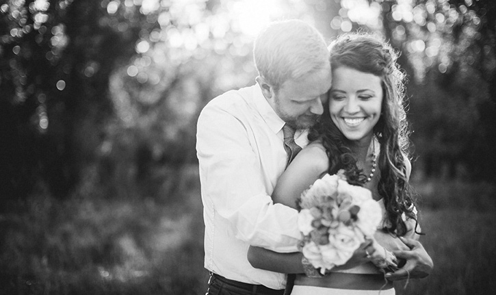 Colorado Wedding Photographers Hug