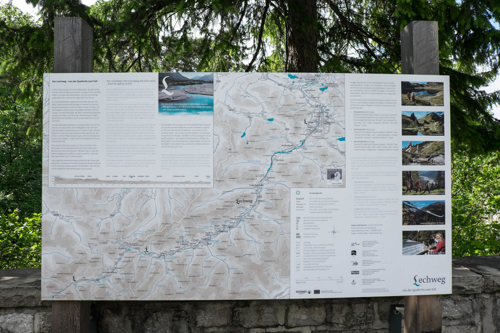 Lechweg trail and river map.