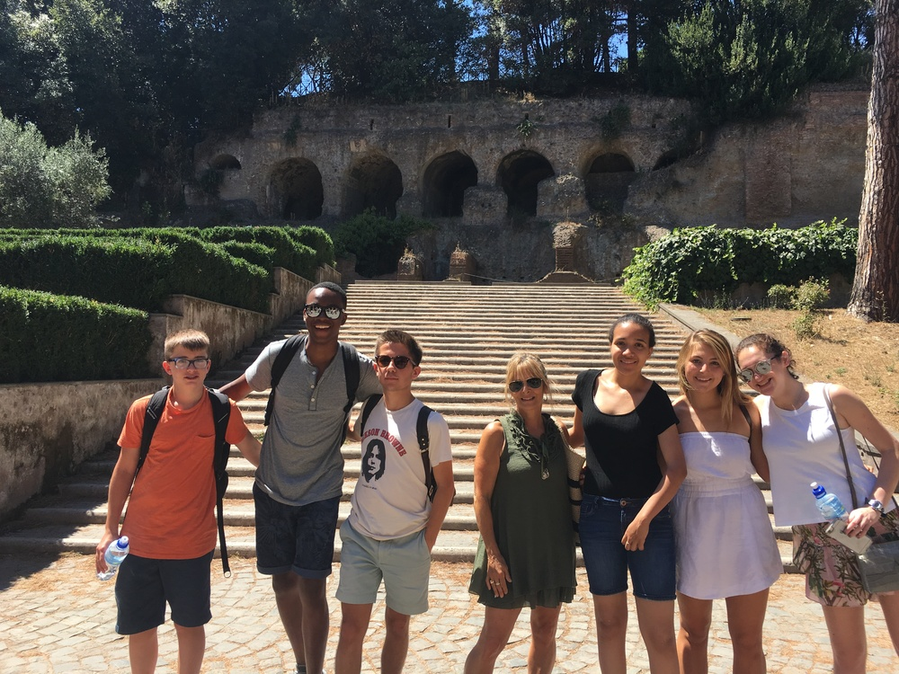 The whole group at the foot of the Palatine Hill