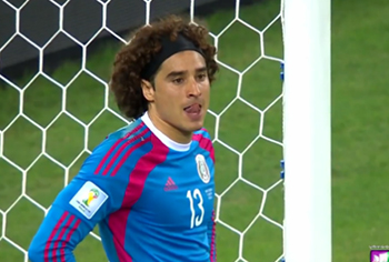 2014 CNN Dinero: Memo Ochoa hero without a club