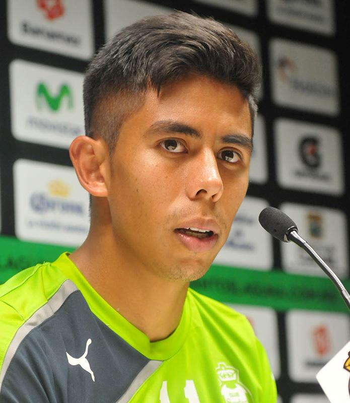 Nestor Calderon, Mexican soccer