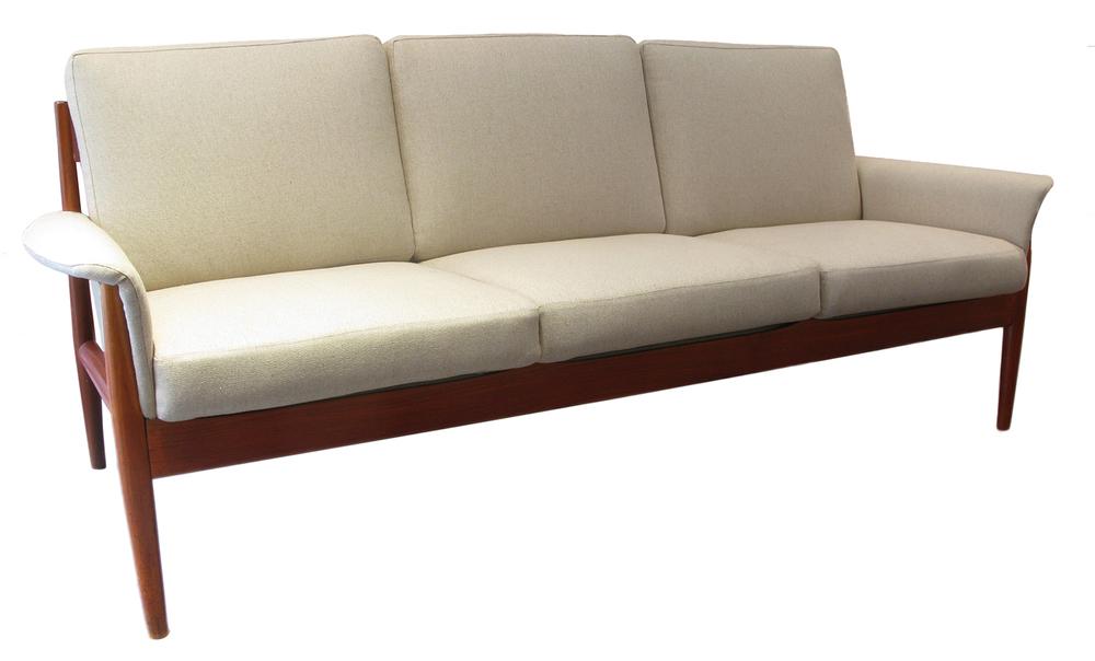 Grete jalk sofa