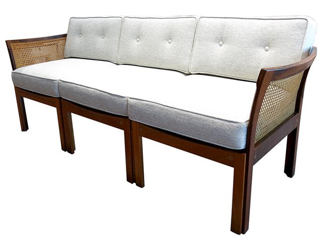 illum-Wikkelso-sofa.jpg