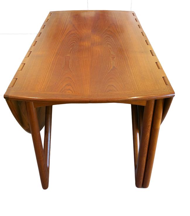 Niels Koefoed dining table 4.jpg