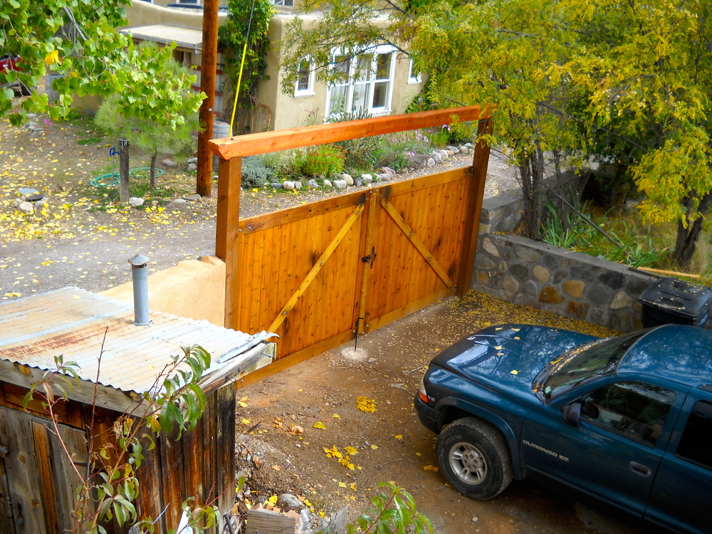 Side yard, gate.