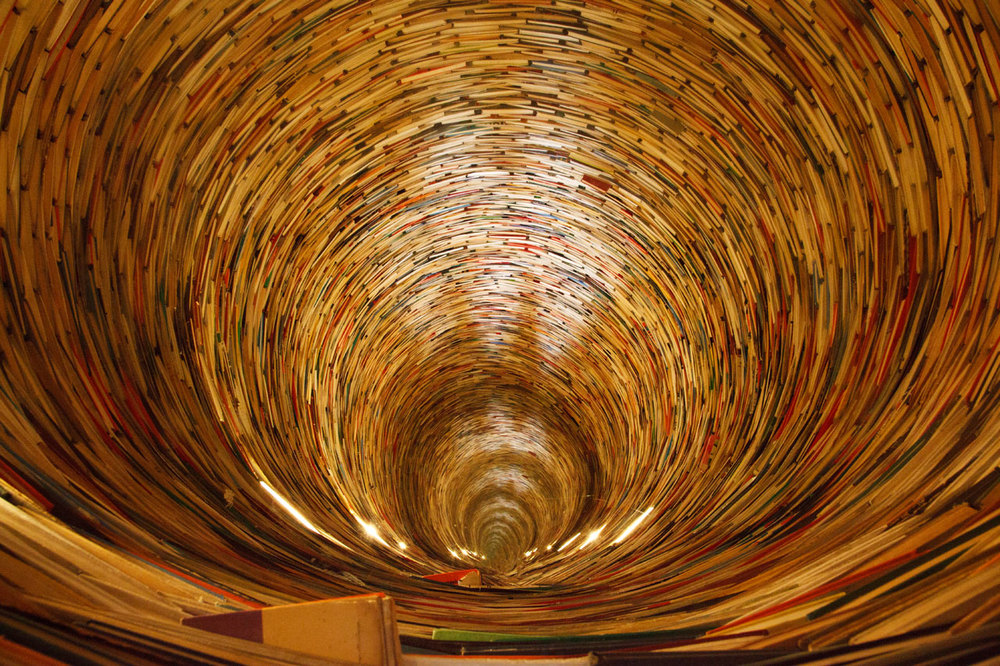Book tunnel at Prague Library. Source Petr Kratochvil