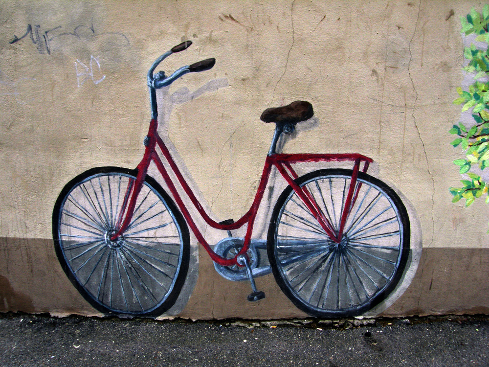 Bicycle mural, por Eva The Weaver.  CC-BY-NC-SA