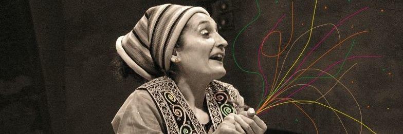 """Ana García-Castellano , escritora, cuenta-cuentos y autora de """"Los náufragos de Tonga""""."""