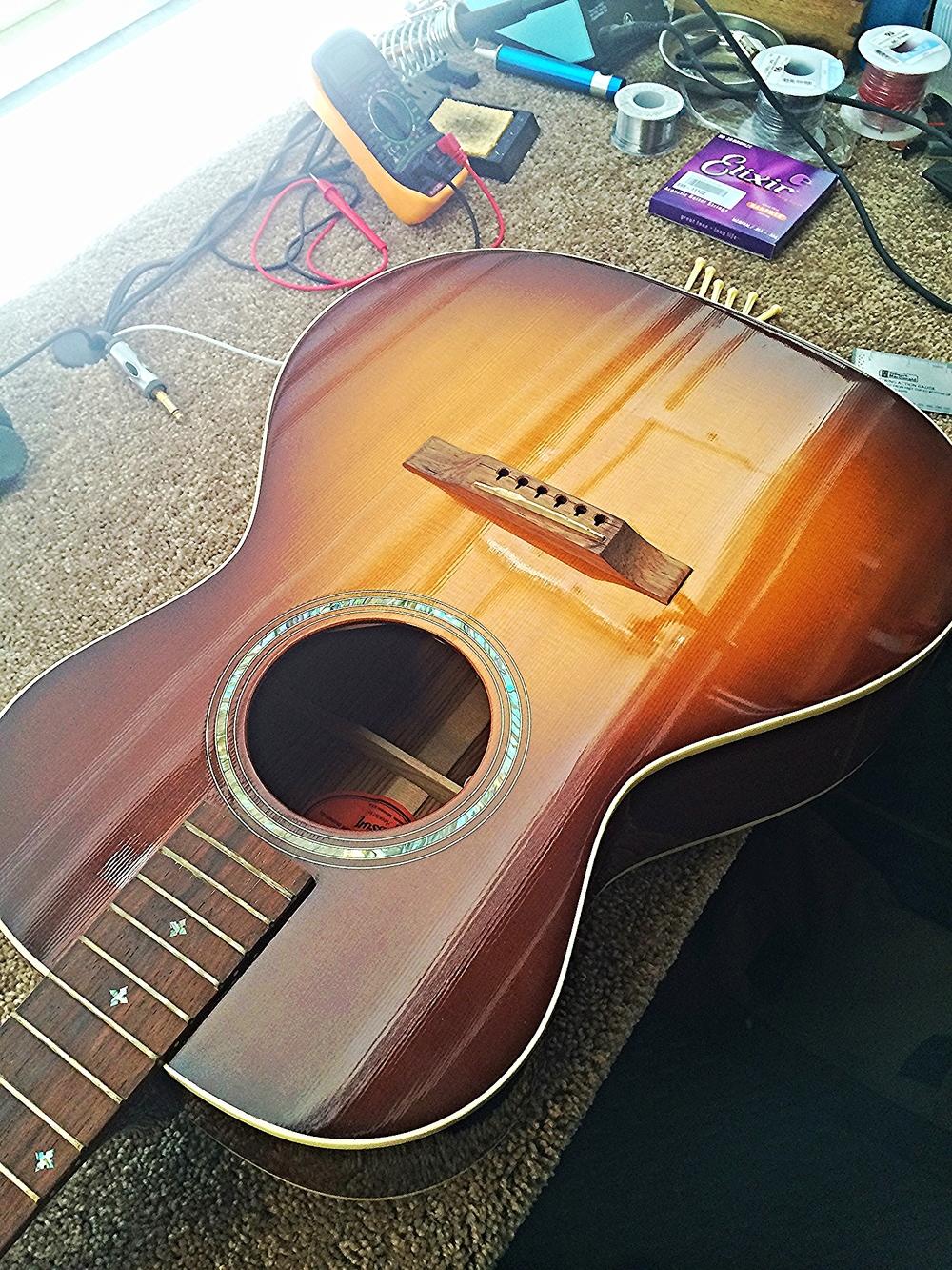 Custom Gibson L-00