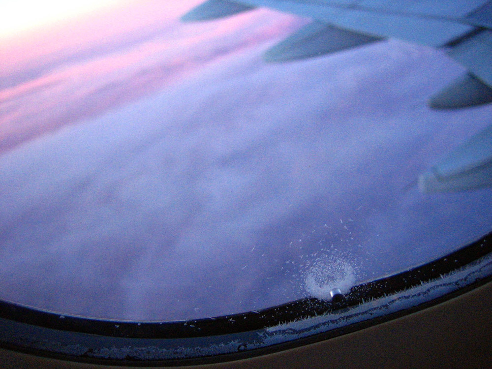 airplane wing2.jpg