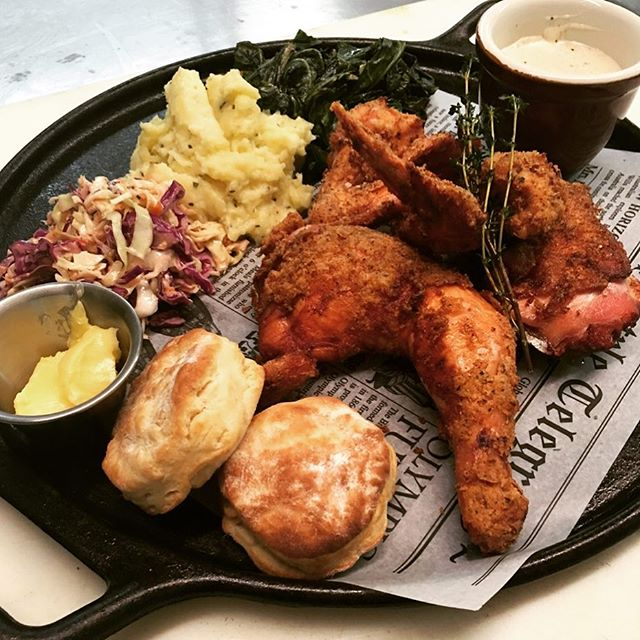 Henhouse beer batter fried SoCo chicken, tater mash, house slaw, collard greens, pepper heavy and butter milk biscuits.  @socomeatco @sonoma_valley @michelininspectors #friedchicken @henhousebrewing #yeswedideatthat
