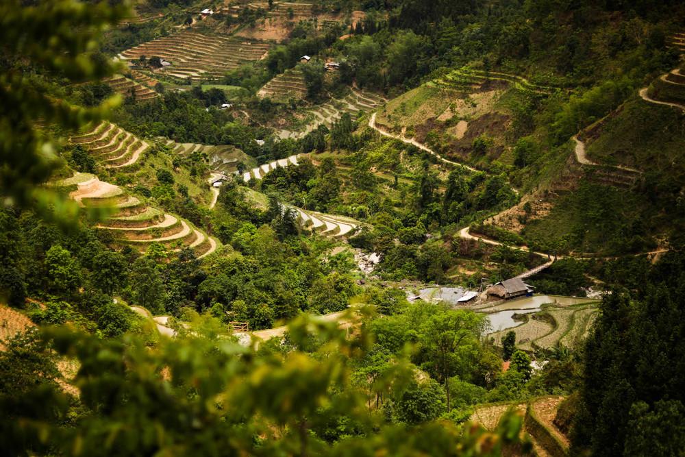 Around Vinh Quang