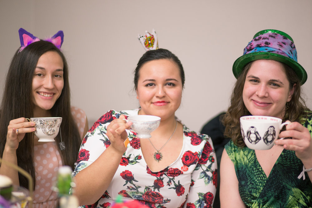 Gabby(center) won the best head ornament contest. An origami crown made out of playing cards, queens, to be precise. Katherine straightened her hair.
