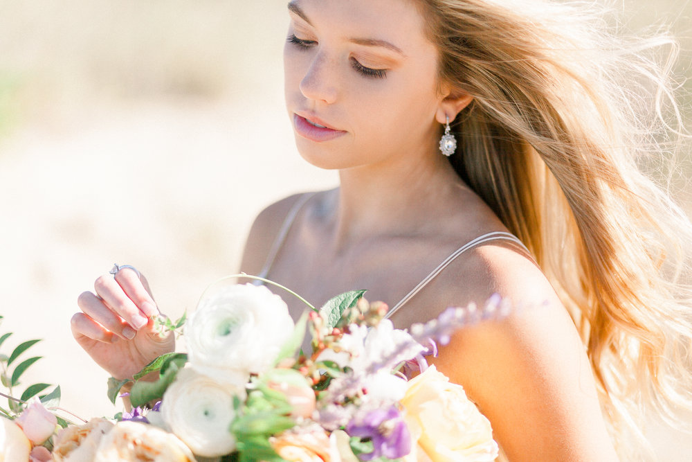 seaside-romance-bridal-beach-34.jpg