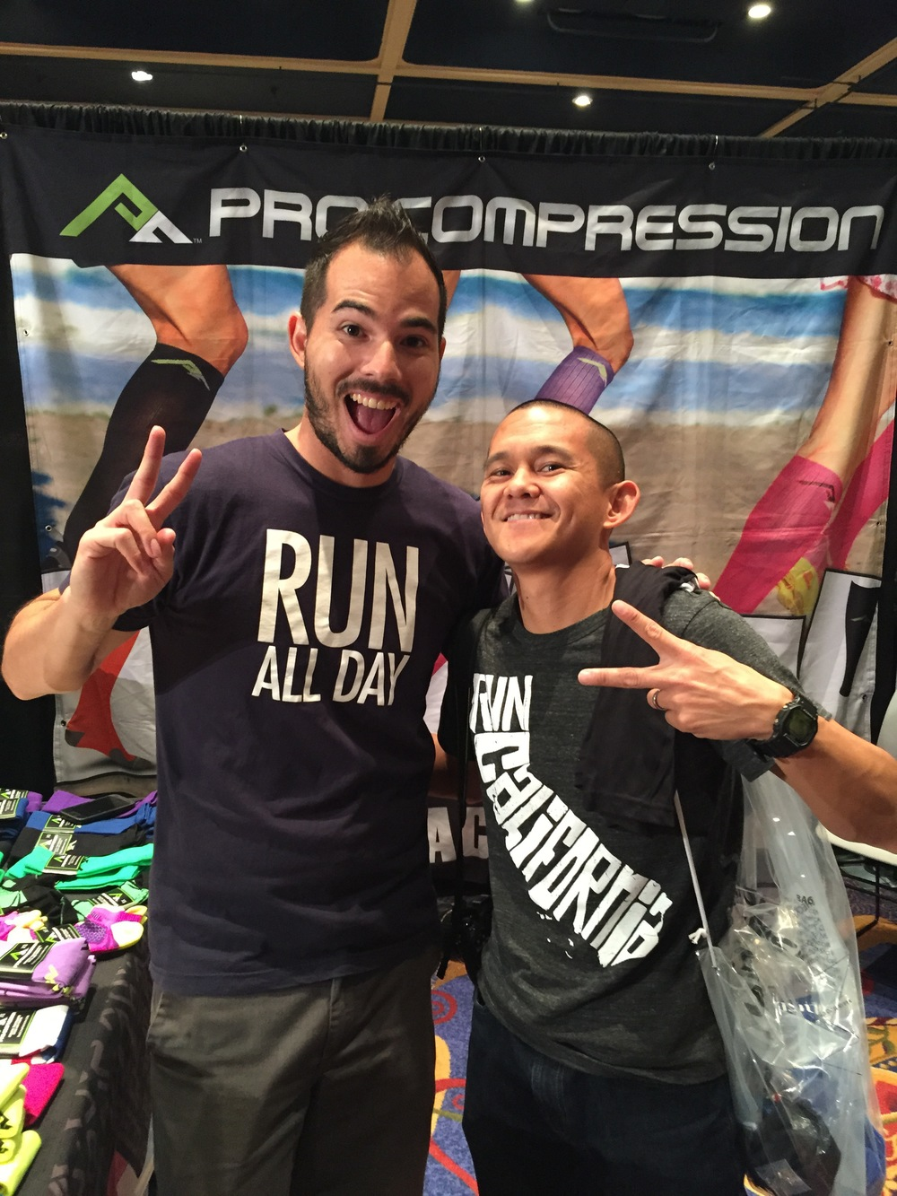 @pavementrunner workin' the ProCompression booth at the Avengers Half Expo