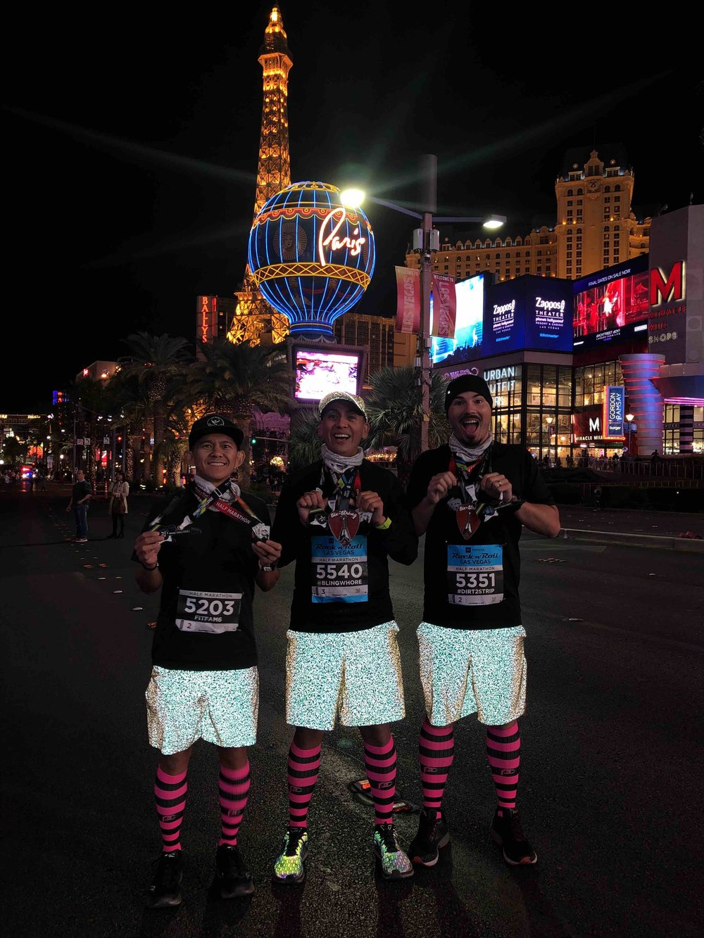 There's nothing like standing in the middle of the Las Vegas Strip. Told you about those  @lululemon  shorts (SW 2018).