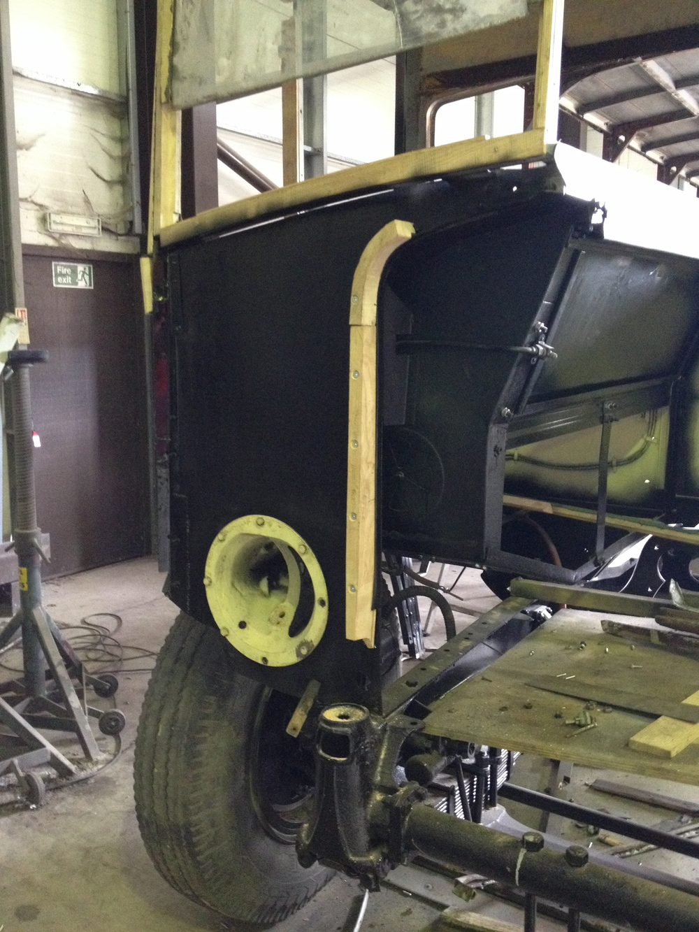 The cab has been the subject of much deliberation, with some complex shapes which were heavily corroded and so not easily copied.  However the three-dimensional inner wing was triumphantly installed in mid-May and has stiffened up the whole cab to great effect.