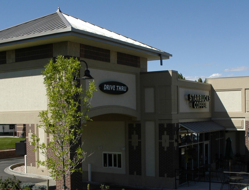 COUNTRY CLUB PLAZA  - Two new retail buildings totaling 17,000 SF