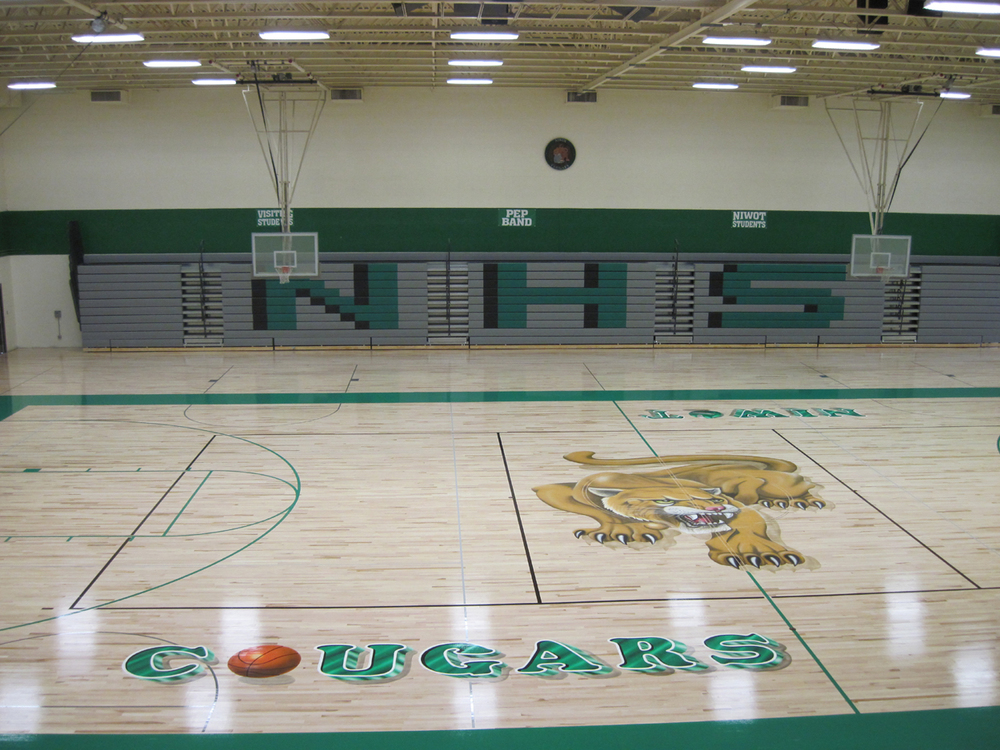NIWOT HIGH SCHOOL RENOVATION  - 166,473 SF renovation and 13,072 SF addition, including new classroom additions, renovation of existing interior, site renovations, technology upgrades, and a new fire suppression system.