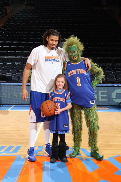 Abigail Sings  @ the NY Knicks Game