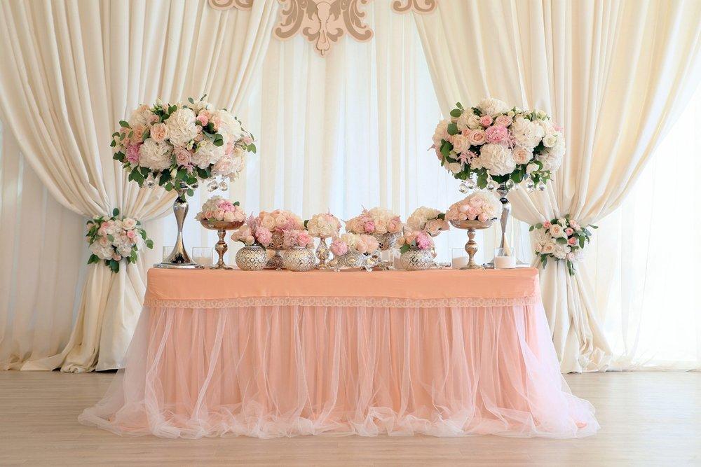 grace tyler sweetheart table.jpg