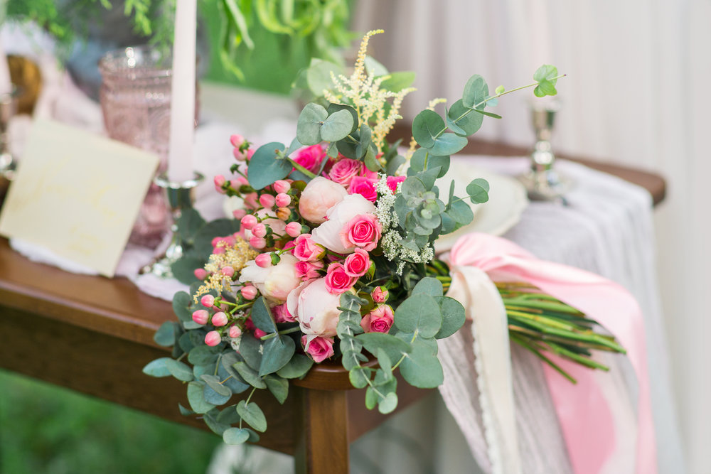 cd pink bridal bouquet.jpg